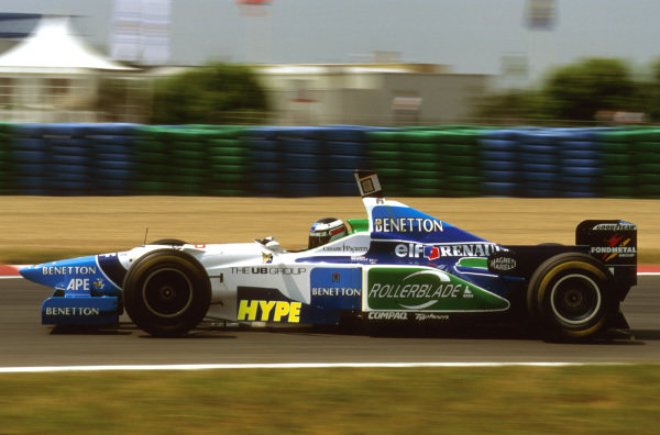 Magny-Cours, France.28-30 June 1996.Gerhard Berger (Benetton B196 Renault) 4th position.Ref-96 FRA 21.World Copyright - LAT Photographic