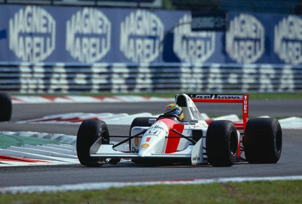 1992 Italian Grand Prix.Monza, Italy.11-13 September 1992.Ayrton Senna (McLaren MP4/7A Honda) 1st position.Ref-92 ITA 10.World Copyright - LAT Photographic