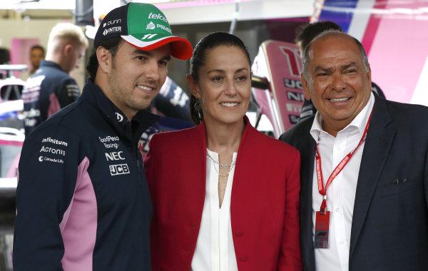 Sergio Perez, Racing Point, Claudia Sheinbaum the Mayor of Mexico City and Antonio Pérez Garibay in the Racing Point garage