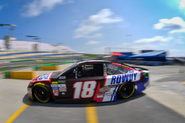 Monster Energy NASCAR Cup Series Quaker State 400 Kentucky Speedway, Sparta, KY USA Friday 7 July 2017 Kyle Busch, Joe Gibbs Racing, Snickers Toyota Camry World Copyright: Logan Whitton LAT Images