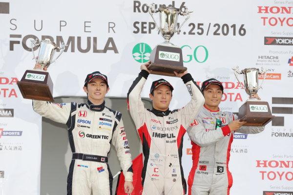 2016 Japanese Super Formula. Sugo, Japan. 24th - 25th September 2016. Rd 6. Winner Yuhi Sekiguchi ( #20 ITOCHU ENEX TEAM IMPUL SF14 ) 2nd position Daisuke Nakajima ( #64 GREEN TEC/NAKAJIMA SF14 ) 3rd position Tomoki Nbjiri ( #40 DOCOMO DANDELION M40Y SF14 ) podium, portrait World Copyright : Yasushi Ishihara/LAT Photographic Ref : 2016SF_Rd6_SUGO_011