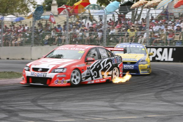 2007 Australian V8 Supercars - Clipsal 500.Adelaide, Australia. 1st - 4th March 2007.Todd Kelly (Holden Racing Team Commodore VE) leads James Courtney (Stone Brothers Racing Ford Falcon BF). Action.World Copyright: Mark Horsburgh/LAT Photographicref: Digital Image Kelly T-HRT-RD01-07-1202