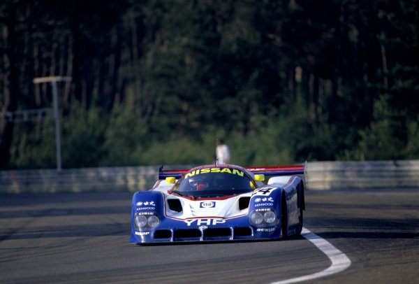 1990 Le Mans 24 Hours.Le Mans, France. 20th - 21st June 1990.Mark Blundell/Julian Bailey/Gianfranco Brancatelli (Nissan R90K) retired, action.World Copyright: LAT Photographic.ref: 35mm Colour Transparency.