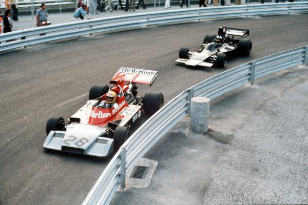 Monte Carlo, Monaco. 31/5-3/6 1973. Nanni Galli (Williams FW03 Ford) leads George Follmer (Shadow DN1A Ford). Ref-35mm 73 MON 06. World Copyright - LAT Photographic