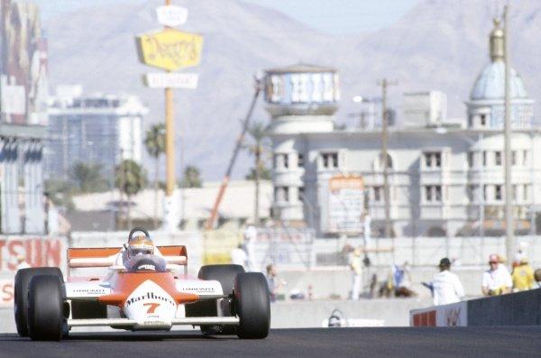1981 Las Vegas Grand Prix.Caesar's Palace, Las Vegas, Nevada, USA. 15-17 October 1981.John Watson (McLaren MP4/1-Ford Cosworth), 7th position.World Copyright: LAT PhotographicRef: 35mm transparency 81LV09