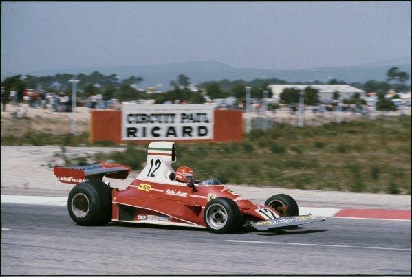 1975 French Grand Prix. Paul Ricard, Le Castellet, France. 4-6 July 1975. Niki Lauda (Ferrari 312T) 1st position, action. World Copyright - LAT Photographic