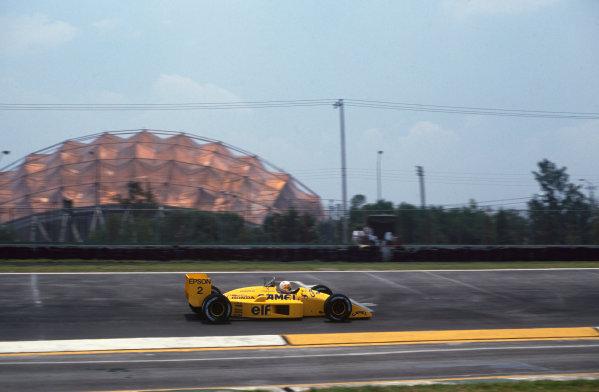Mexico City, Mexico. 27th - 29th May 1988.Saturu Nakajima (Lotus 100T-Honda), retired, action. World Copyright: LAT Photographic.Ref:  88MEX