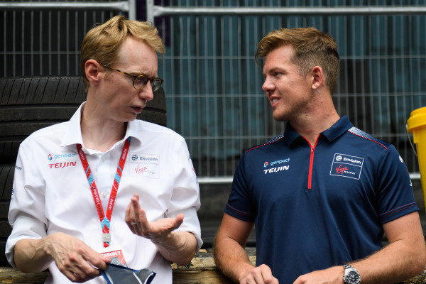 Sylvain Filippi, Managing Director, Envision Virgin Racing, and Nick Cassidy (NZL), Envision Virgin Racing