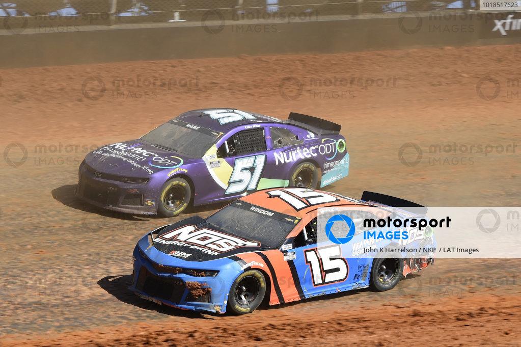 #15: Chris Windom, Rick Ware Racing, Chevrolet Camaro NOS Energy Drink, #51: Cody Ware, Petty Ware Racing, Chevrolet Camaro NURTEC ODT