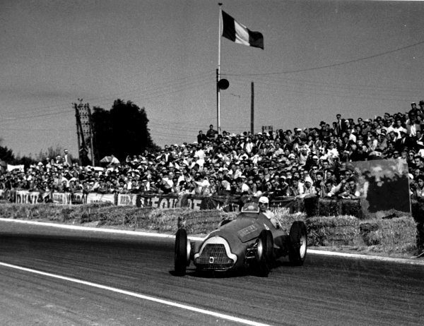 1951 French Grand Prix.Reims-Gueux, France.29/6-1/7 1951Luigi Fagioli (Alfa Romeo 159) having taken over Fangio's car which finished in 11th position. Fangio finished in 1st position in Fagioli's original car.World Copyright - LAT Photographic