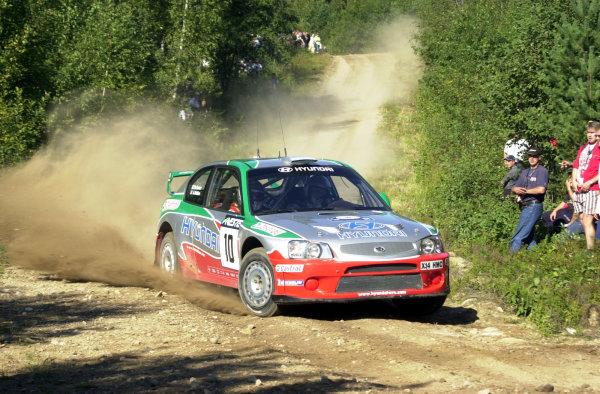2001 World Rally Championship.Neste Rally Finland. Jyvaskyla, August 24-26, 2001.Alister McRae on stage 14.Photo: Ralph Hardwick/LAT