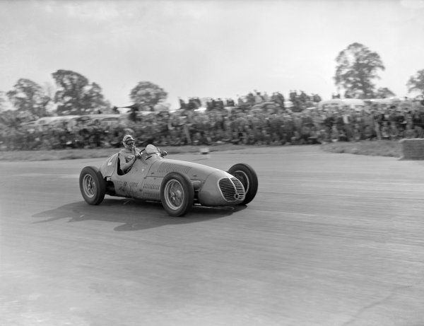 1949 British Grand Prix. Silverstone, Great Britain. 14th May 1949. Emmanuel de Graffenried ( Maserati 4CLT) 1st position, action. World Copyright - LAT Photographic. Ref: Autocar Glass Plate C24226