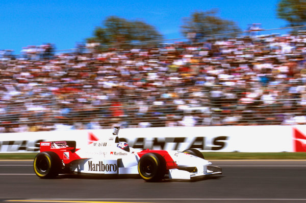 Albert Park, Melbourne, Australia.8-10 March 1996.David Coulthard (McLaren MP4/11 Mercedes) failed to finish after his throttle jammed.Ref-96 AUS 31.World Copyright - LAT Photographic