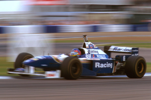 Silverstone, England.12-14 July 1996.Jacques Villeneuve (Williams FW18 Renault) 1st position.Ref-96 GB 01.World Copyright - LAT Photographic