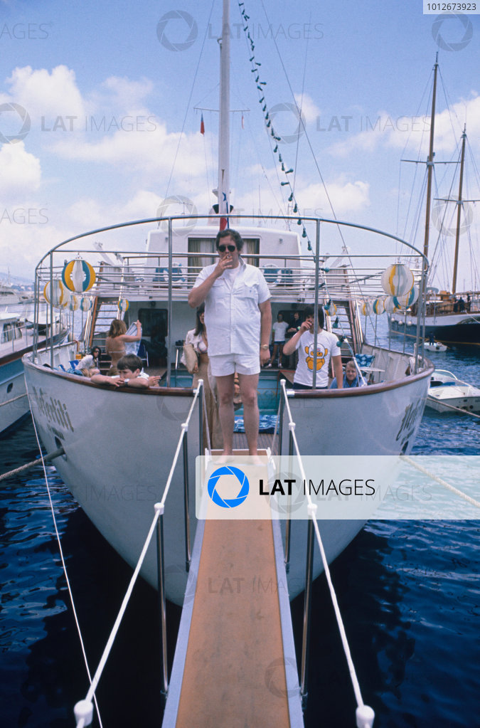 Monte Carlo, Monaco. 23rd - 26th May 1974.Lord Alexander Hesketh aboard a yatcht in the harbour, portrait.World Copyright: LAT Photographic.Ref:  74MON16.