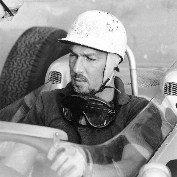 1962 Formula One World Championship. Jo Bonnier, portrait. World Copyright: LAT Photographic. ref. 50mb Scan (10299)