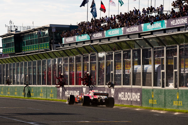 Albert Park, Melbourne, Australia. Sunday 26 March 2017. Sebastian Vettel, Ferrari SF70H, passes his pit board. World Copyright: Sam Bloxham/LAT Images ref: Digital Image _W6I4900