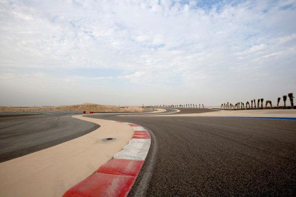 Bahrain International Circuit, Sakhir, Bahrain.24th February 2010.The new F1 Grand Prix track layout.World Copyright: Alastair Staley/LAT Photographic ref: Digital Image _P9O0072
