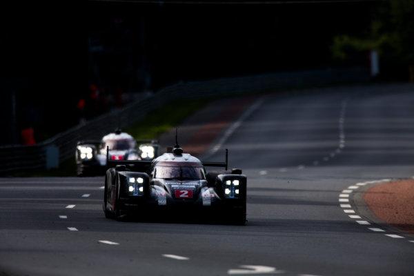 2016 Le Mans 24 Hours. Circuit de la Sarthe, Le Mans, France. Sunday 19 June 2016. Porsche Team / Porsche 919 Hybrid - Romain Dumas (FRA), Neel Jani (CHE), Marc Lieb (DEU).  World Copyright: Zak Mauger/LAT Photographic ref: Digital Image _79P8496