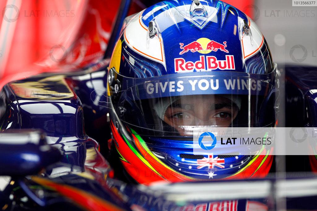 Albert Park, Melbourne, Australia 25th March 2011. Daniel Ricciardo, Toro Rosso STR6. Portrait. Helmets.  World Copyright: Andrew Ferraro/LAT Photographic ref: Digital Image _Q0C7340