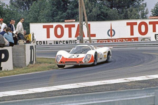 Le Mans, France. 14-15 June 1969.Udo Schuetz/Gerhard Mitter, (Porsche 908), retired, action.World Copyright: LAT PhotographicRef: 69LM16