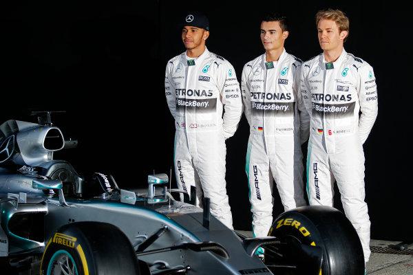 2015 F1 Pre Season Test 1 - Day 1 Circuito de Jerez, Jerez, Spain. Sunday 1 February 2015. Lewis Hamilton, Mercedes AMG, Nico Rosberg, Mercedes AMG and Pascal Wehrlein, Mercedes AMG, launch the Mercedes W06. World Copyright: Steven Tee/LAT Photographic. ref: Digital Image _L4R9388