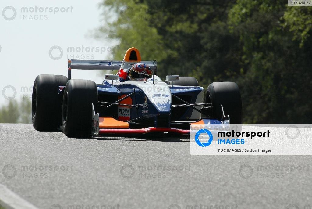 23 : ADRIAN VALLES   ESP  /Team  PONS RACING  /Rd3 & Rd4 Zolder, Belgium - 25 April- 2004.DIGTAL IMAGE World © PDC Images/Sutton