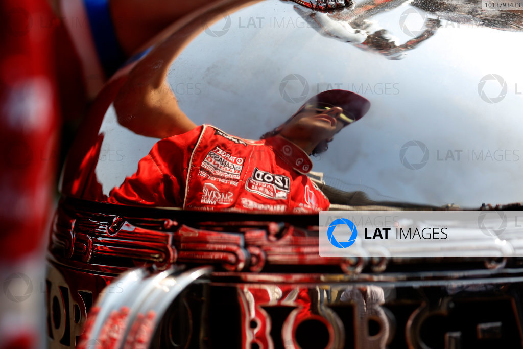 28 May 2012, Indianapolis, Indiana, USA Winner Dario Franchitti is reflected in the Borg-Warner trophy (c)2012, Michael L. Levitt LAT Photo USA