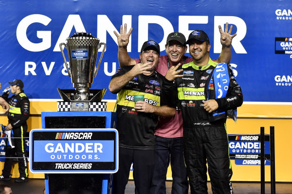 #88: Matt Crafton, ThorSport Racing, Ford F-150 Jack Links/ Menards wins