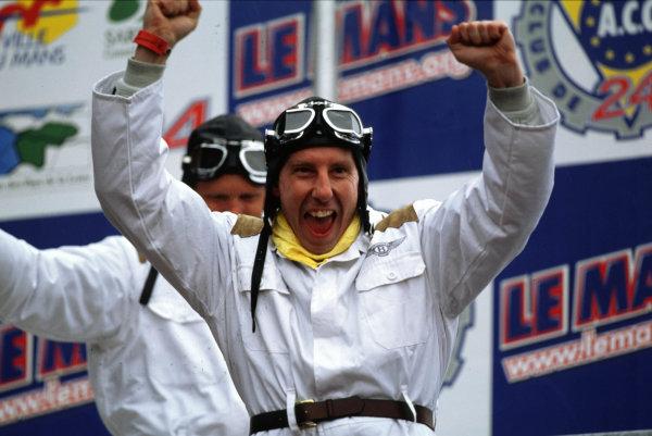 2001 Le Mans 24 Hours Le Mans, France. 16th - 17th June 2001 World Copyright - LAT Photographic ref: 01LM06.