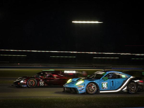 #55 Mazda Team Joest Mazda DPi, DPi: Jonathan Bomarito, Harry Tincknell, Ryan Hunter-Reay, #16 Wright Motorsports Porsche 911 GT3 R, GTD: Ryan Hardwick, Patrick Long, Klaus Bachler