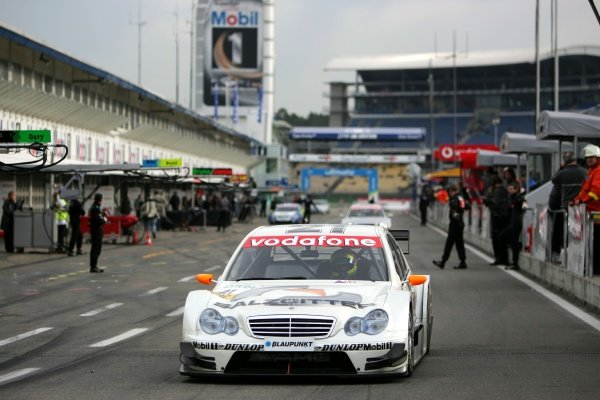 Jamie Green (GBR), Salzgitter AMG-Mercedes, AMG-Mercedes C-Klasse, driving through the pitlane. DTM Championship 2005, Rd 11, Hockenheimring. 21 October 2005. DIGITAL IMAGE