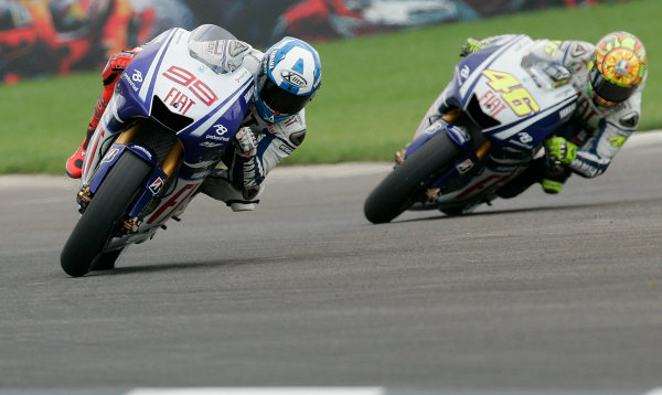 Indianapolis Grand Prix, Indianapolis, USA.28th - 30th August 2009.Fiat Yamaha Team Mates Jorge Lorenzo and Valentino Rossi fight for the lead.World Copyright: Martin Heath/LAT Photographic ref: Digital Image _D7P8382