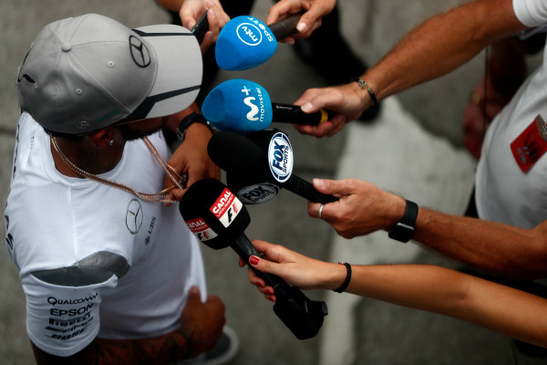 Sepang International Circuit, Sepang, Malaysia. Thursday 29 September 2016. Lewis Hamilton, Mercedes AMG talks to the media. World Copyright: Glenn Dunbar/LAT Photographic ref: Digital Image _31I7804