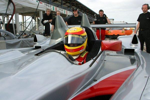JANUARY 23-25, 2006, SEBRING INTERNATIONAL RACEWAY  FRANK BIELA, NO 1 AUDI-R10 ©2006, GREG ALECK/LAT