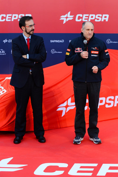 (L to R): Alfonso Escamez (ESP), CEPSA Senior Vice-President Communication & Institutional Relations, and Franz Tost (AUT) Scuderia Toro Rosso Team Principal. Scuderia Toro Rosso STR9 Launch, Jerez, Spain, Monday 27 January 2014.