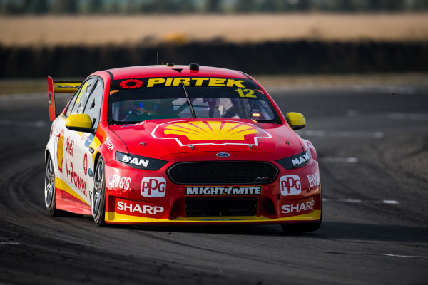 2017 Supercars Championship Round 2.  Tasmania SuperSprint, Simmons Plains Raceway, Tasmania, Australia. Friday April 7th to Sunday April 9th 2017. Fabian Coulthard drives the #12 Shell V-Power Racing Team Ford Falcon FGX. World Copyright: Daniel Kalisz/LAT Images Ref: Digital Image 070417_VASCR2_DKIMG_1587.JPG