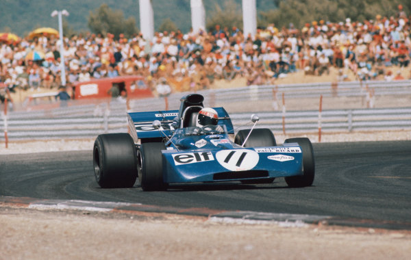 1971 French Grand Prix.  Paul Ricard, Le Castellet, France. 2nd-4th July 1971.  Jackie Stewart, Tyrrell 003 Ford, 1st position, corrects a slide.  Ref: 71FRA03. World Copyright: LAT Photographic