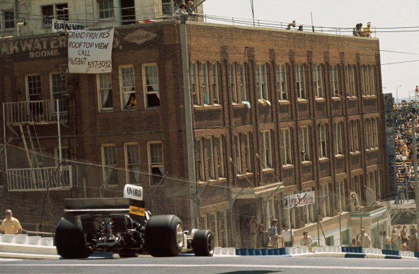 Long Beach, California, USA. 26th - 28th March 1976. Arturo Merzario (March 761-Ford), Did Not Qualify.  World Copyright: LAT Photographic.  Ref: 76LB37.