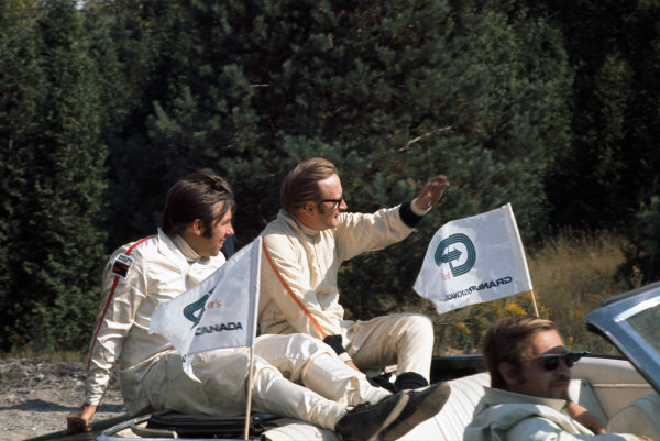1969 Canadian Grand Prix.  Mosport, Canada. 18-20th September 1969.  Bill Brack and Al Pease in the drivers parade.  Ref: 69CAN03. World Copyright: LAT Photographic