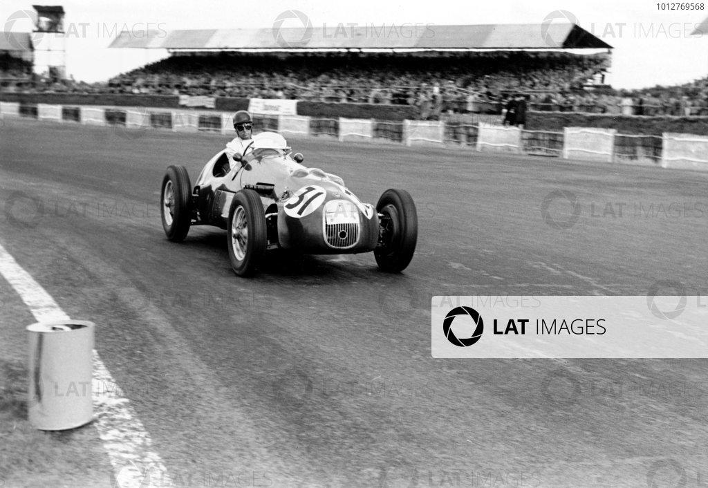 1952 Silverstone International TrophyLance Macklin (HW Motors Ltd) 2 o HWM-Alta 4, action.World Copyright: LAT Photographic. ref: 4521G/27