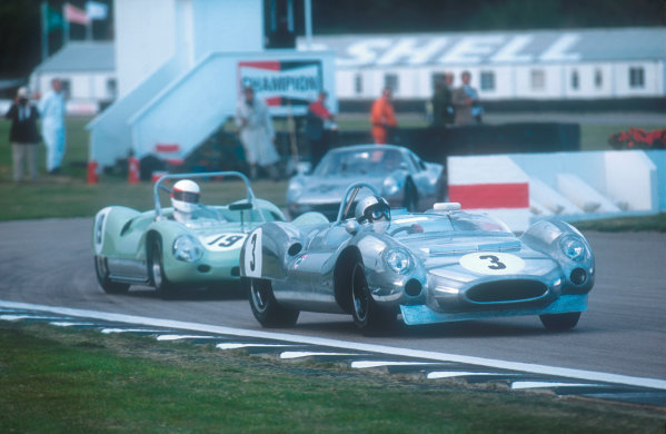 2001 Goodwood Revival.Goodwood, Sussex, England.15-16 September 2001.Frank Sytner (Cooper T61M Chevrolet) 1st position followed by Robert Brooks (Lotus 19 Climax) 2nd position in the Whitsun Trophy race. Ref-01 GR 51.World Copyright - LAT Photographic