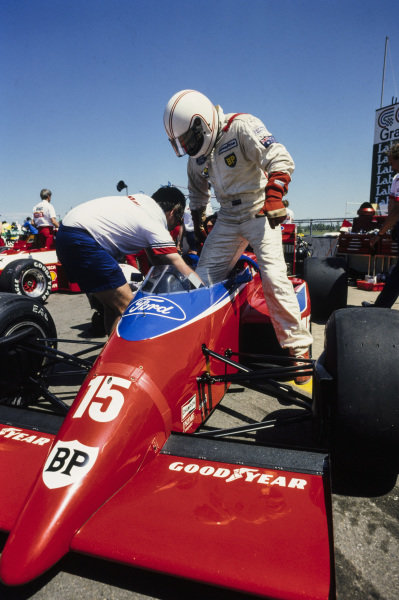 Alan Jones gets into his Lola THL-2 Ford.