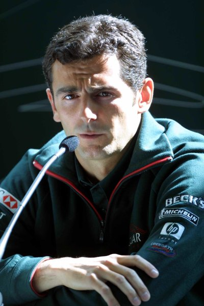 2001 Spanish Grand PrixCatalunya, Barcelona, Spain. 27-29 April 2001.Pedro de La Rosa is announced as Burti's replacement at Jaguar Racing. World Copyright - Clive Rose/LAT Photographicref: Digital Image only.