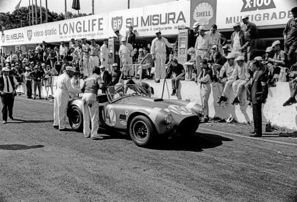 Little Madonie Circuit, Sicily, Italy. 26th April 1964.Phil Hill/Bob Bondurant (Shelby Cobra), retired, action. World Copyright: LAT Photographic.Ref:  867 - 10A.
