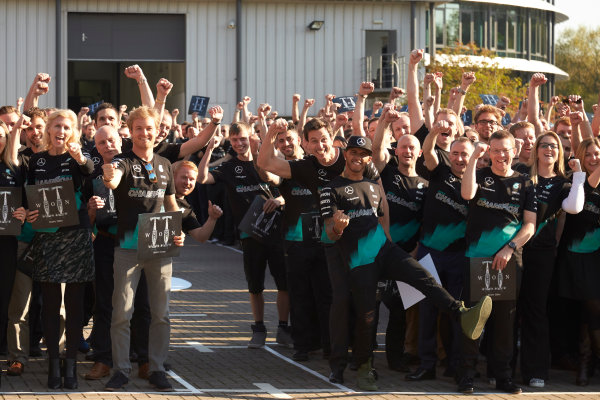 Mercedes AMG Constructors Championship Celebration Brackley, Northants, UK Monday 12th October 2015 Lewis Hamilton, Mercedes AMG, Nico Rosberg, Mercedes AMG, Paddy Lowe, Executive Director (Technical), Mercedes AMG and Toto Wolff, Executive Director (Business), Mercedes AMG line up with the team. World Copyright: Steve Etherington/LAT Photographic ref: Digital Image SNE12378