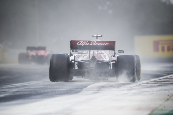 Antonio Giovinazzi, Alfa Romeo Racing C38, kicks up cement dust which was laid down to cover a heavy oil spill in the F2 race prior to the session
