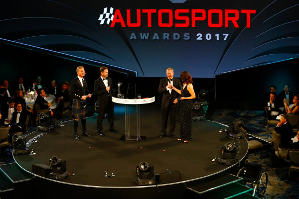 2017 Autosport Awards Grosvenor House Hotel, Park Lane, London. Sunday 3 December 2017. Lee McKenzie talks to Martin Brundle as David Coulthard and Christian Horner look on. World Copyright: /LAT Images Ref: Digital Image _r3i5761