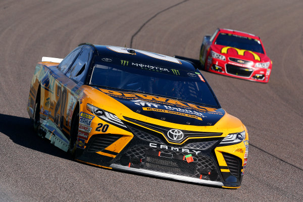 Monster Energy NASCAR Cup Series Ford EcoBoost 400 Homestead-Miami Speedway, Homestead, FL USA Sunday 19 November 2017 Matt Kenseth, Joe Gibbs Racing, DEWALT Hurricane Recovery Toyota Camry and Jamie McMurray, Chip Ganassi Racing, McDonald's Chevrolet SS World Copyright: Russell LaBounty LAT Images