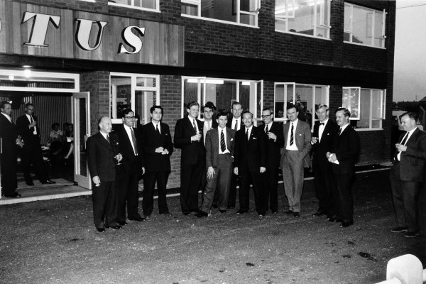 1959 Lotus media visit.Cheshunt, Great Britain. October 1959.The Lotus executives outside the new factory. Colin Chapman is fifth from right, group photograph, portrait.World Copyright: LAT PhotographicRef: Autosport b&w print. Published: Autosport, 30/10/1959 p565